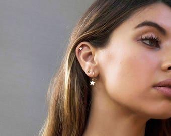 Star hoops, Star charm hoops, Gold star hoops, Hoop earrings, dainty earrings, minimalist earrings, thin earrings, charm earrings