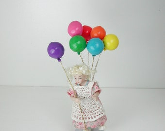 Dollhouse Miniatures, balloon in 1:12, Toys for the doll house child.