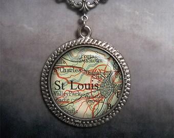 St. Louis vintage map necklace, St. Louis map necklace map pendant necklace map jewelry map jewellery Missouri map necklace