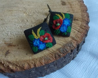 flower earrings, wild flowers, cute earrings, stylish earrings, handmade, gift earrings