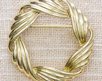 Gold Abstract Brooch Vintage Round Fancy Fluid Broach Vtg Pin 7JJ
