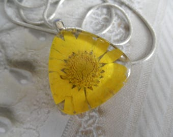 Sunshine Yellow Daisy Glass Triangle Pressed Flower Pendant-Symbolizes Loyal Love-Nature's Art-April's Birth Flower-Gifts for 25
