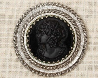 Black Silver Cameo Brooch Vintage Etched Round Broach Vtg Pin 7N