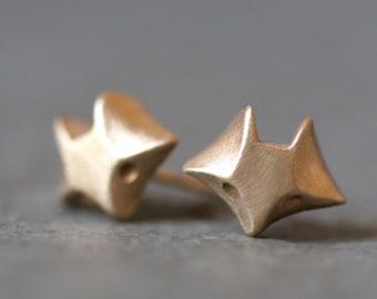 Fox Stud Earrings in 14K Gold