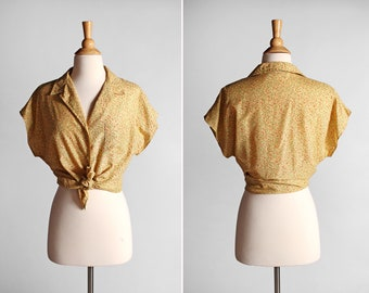 Vintage Dotted Button Up Blouse - Casual Summer Dots Weekend Top Shirt Boxy Short Sleeve Pin Up Cotton Woven Yellow - Size Medium