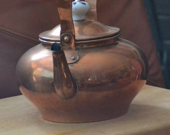 ANTIQUE COPPER TEAPOT .. Delft trim on Handle &  Knob on lid..otherwise totally Copper. Holds 6 cups..Excellent Vintage Cond.