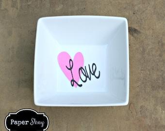 Personalized Ring Dish, Jewelry Trinket Dish Monogrammed, Wedding Gift, Engagement Gift, Monogram Jewelry Dish, Monogram Ring Holder, Bride