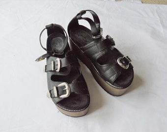 vintage 1990s black western buckled platform sandals