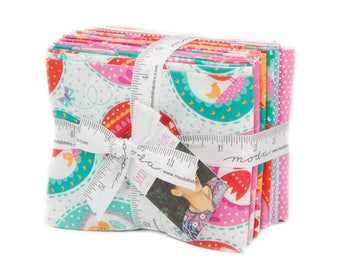 Moda SPRING BUNNY FUN 14 Fat Quarter Bundle 20540AB Quilt Fabric By Stacy Iest Hsu