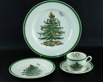 Spode Christmas Tree 12 Piece Set