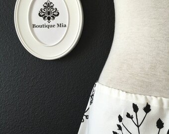 A-line SKIRT - PILÖRT - Black and white Flowers - Made in ANY Size - Boutique Mia
