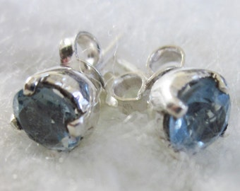 Classic Blue Topaz, Sparkling Round cut Stud Earrings