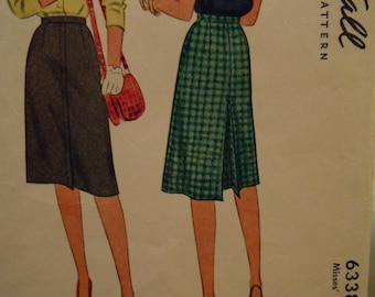 1945 McCall Pattern Misses' Skirt Waist 32