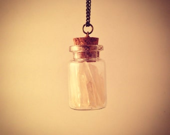 Quartz points and shard jar pendant with necklace!