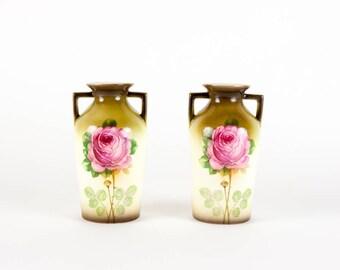 Set of fine are deco vases