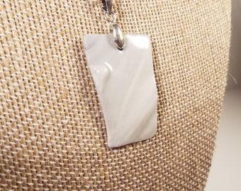 "Handcrafted Pendant Necklace, Marbled Porcelain, 21"""
