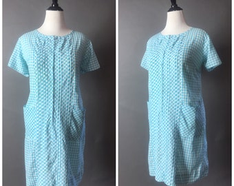 Vintage 60s dress / 1960s dress / volup dress / plus size dress / gingham dress / day dress / cotton dress / shift dress / 8467
