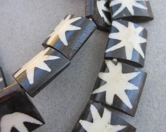 Batik Bone Flag Beads (21x20mm) [67545]