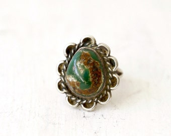 SALE! VC-30, Southwestern, Native American vintage turquoise and stearling silver ring