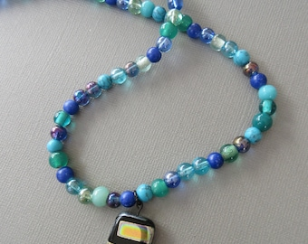 Shades of sea - hand strung bead necklace