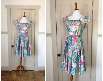 Return to Paradise 1970s Tropical/Floral Print Dress with Off the Shoulder Detail