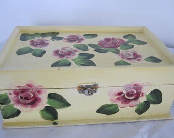Wooden Jewelry Box hand painted Roses, leafes great gift for Communion, Birthday, Anniversary, Get Well, Valentinesday, Mother, Wife, Sister