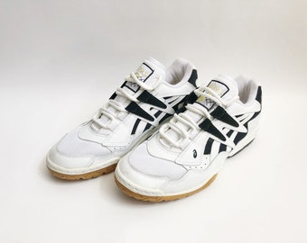 vintage asics cut shot II lo volleyball shoes women's size 9.5 deadstock NIB 1996