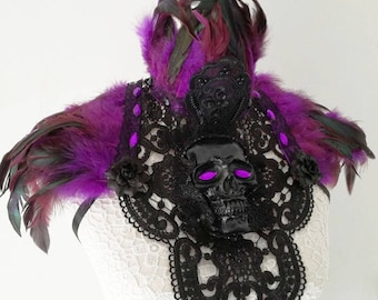 Santa Sangre skull chestpiece/collar-gothic collar-feether chestpiece-feather collar -shoulderpiece-wgt