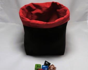 Freistehende Würfel Tasche - Kachel Beutel - Meeple Storage - schwarz und rot - quadratische Grundfläche - Wende - Schnur Kordel - Handarbeit - Rollenspiel - D & D sterben