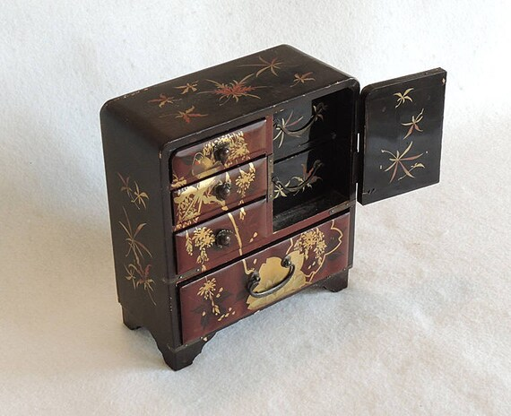 Antique Asian Kotansu Small Wood Chest.. Lacquer & Gold Painting.. Jewelry Trinket Box