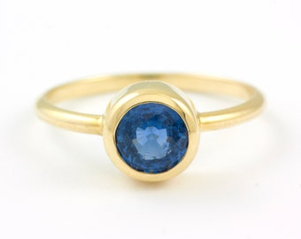 Sapphire Ring, Sapphire Engagement Ring, Gold Engagement Ring, Gold Bezel Ring, Solitaire Sapphire Ring, 14K Gold Ring, GR0372A