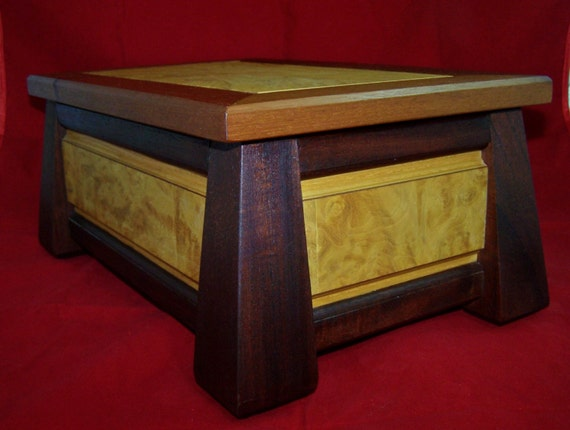 Hand Crafted Prairie Mission Style Mans Valet Jewelry Box