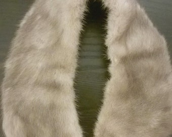 Beautiful Small Silver Mink Fur Collar _ Vintage