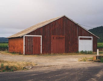 Barn Photograph, Barn Picture, Red Barn Photo, Farmhouse Decor, Farm Photography, Landscape Photography, Wall Art, Fine Art Photography
