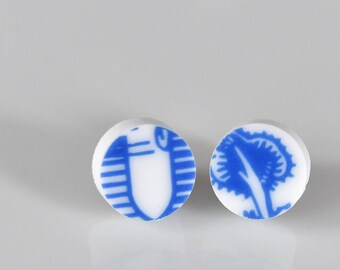 Simple Circle Broken China Stud Earrings - Blue and White