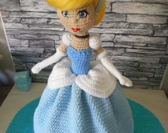 Cinderella dress ball french tutorial to make doll crocheted by Tweety Dolls