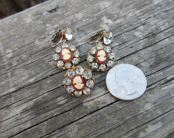 Cute Cameo Rhinestone Matching Earrings and Pin Clip On