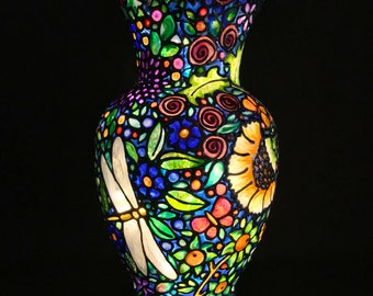 Garden of Eden Stained Glass Accent Lamp