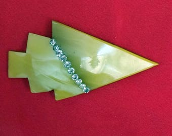 Art Deco geometric arrowhead plastic brooch with rhinestones
