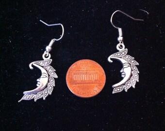 Silver Crescent Moon Earrings, Moon Earrings, Man in the Moon Earrings, Sci Fi Fantasy Jewelry