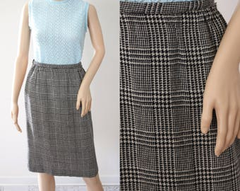 SALE - Classic Vintage Houndstooth/Plaid Wool Skirt