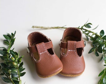 T Straps Leather Baby Moccasins, Baby Moccasin, Tstrap, mary jane, mary janes, t-strap, Soft Soles, Crib Shoes, leather tstrap