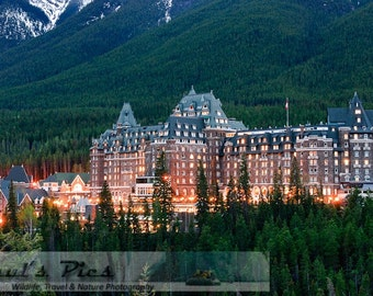 Banff Springs Hotel, 8x12 Fine Art Photograph (D2970)