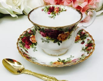 Royal Albert Old Country Roses teacup and saucer.