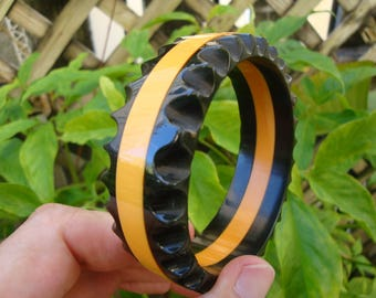 Rare Vintage Three Layer Bakelite Bracelet! Beautifully Scalloped Edges! Awesome!!