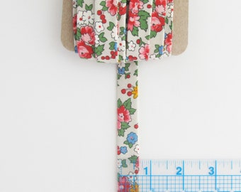 Vintage Inspired Floral Quilt Binding | 5 yards of double fold cross grain binding for baby quilts, apron trim & ties, fabric banners, etc.