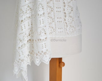 Crochet shawl, white, cotton, R645