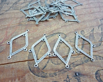 Chandelier Earring Finding Hammered Silver Three Loop Finding Hammered Silver Lightweight Vintage Style (10)
