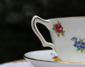 Vintage Royal Victoria Multicolored Floral Teacup with Gold Rim
