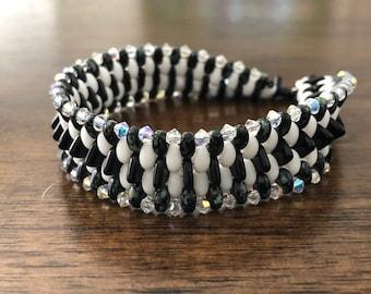 Black and white dragonback bracelet